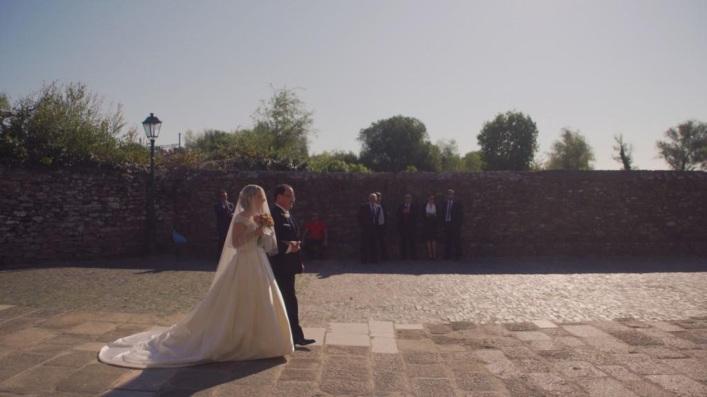 Llegada a iglesia en vídeo de boda de Laura y Titti