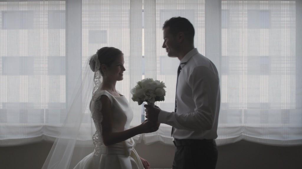 Entrega ramo vídeo de boda de Vanessa y Pablo