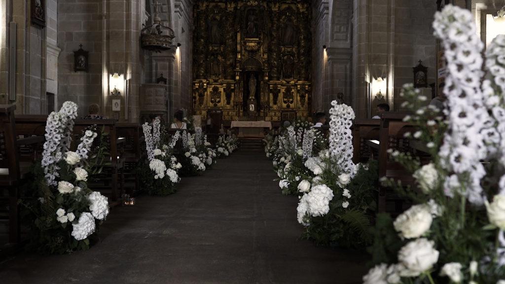 Iglesia Elefantes y Gaviotas